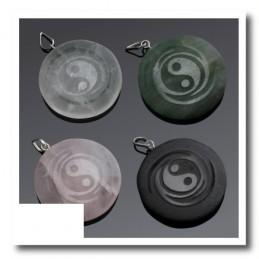 Pendentif Yin et Yang en pierre AVENTURINE VERTE