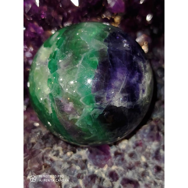 SPHERE EN FLUORITE 70 MM